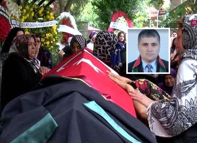 Silahlı Saldırıya Uğrayan Avukat Hüseyin Yama Ataşehir'de Son Yolculuğuna Uğurlandı